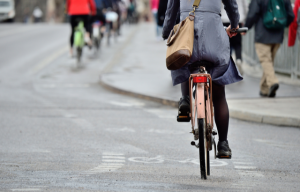 Walking and cycling to work linked with fewer heart attacks